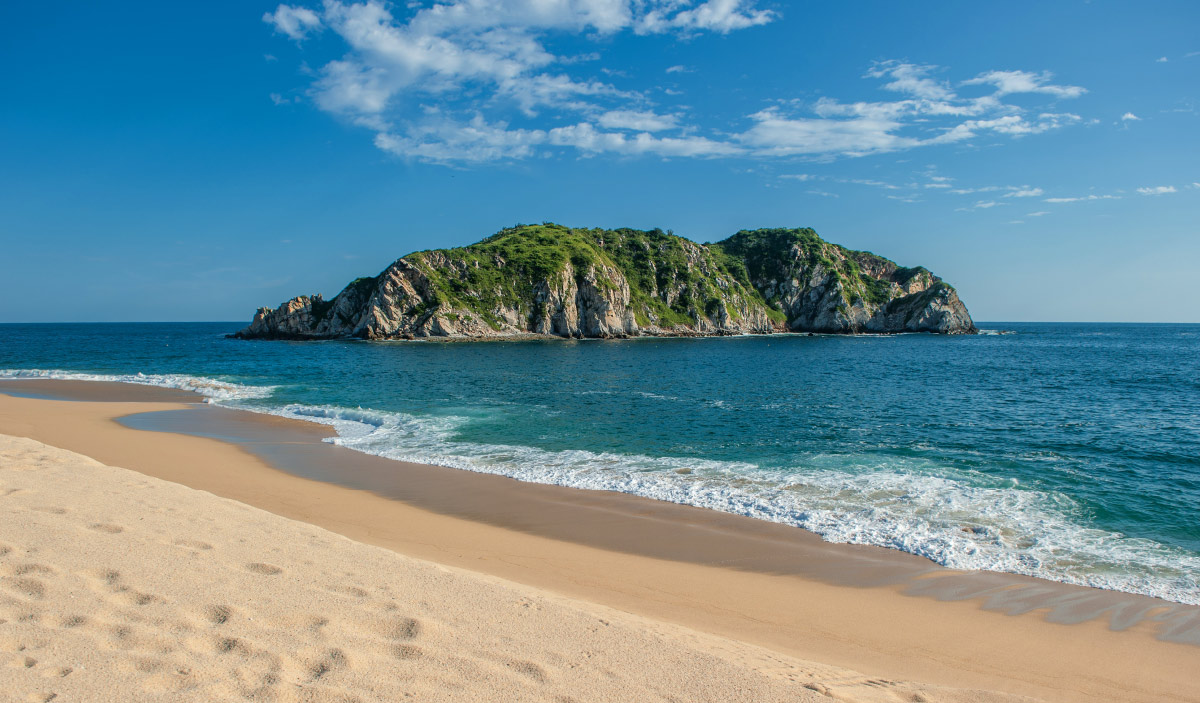 hotel binniguenda huatulco beach mexico vacation tangolunda tropical weather reservation